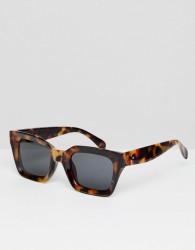 AJ Morgan Square Sunglasses In Tort - Brown