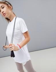 ASOS 4505 longline training t-shirt in loose fit - White