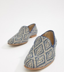ASOS DESIGN loafers in navy diamond print - Navy