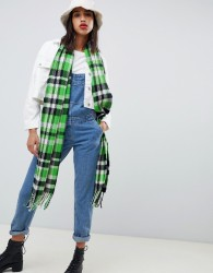 ASOS DESIGN long green and black check scarf with tassels - Green