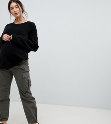 ASOS DESIGN Maternity cargo trousers in khaki with under the bump waistband - Green