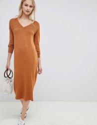 ASOS DESIGN Midi Jumper Dress With V Neck And Ripple Stitch - Stone