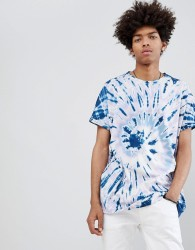 ASOS DESIGN oversized longline t-shirt with roll sleeve and spiral tie dye in blue - Blue