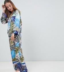 ASOS DESIGN Petite tropical border print satin pyjama set - Multi