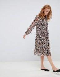 ASOS DESIGN pleated trapeze midi dress in leopard print - Multi