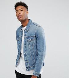 ASOS DESIGN tall denim jacket in light wash - Blue