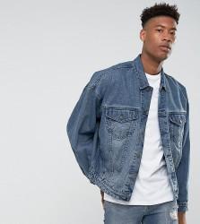 ASOS DESIGN tall oversized denim jacket in mid wash - Blue