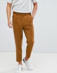ASOS DESIGN tapered crop smart trouser with pleats in camel - Beige