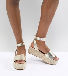 ASOS DESIGN Thear Espadrille Flatform Sandals - Gold