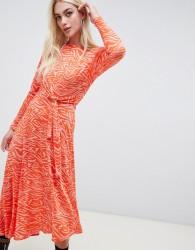 ASOS DESIGN tie waist maxi dress in animal print - Multi