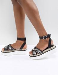 ASOS DESIGN Tristen Studded Flatforms - Black