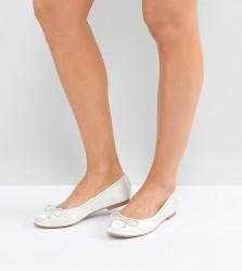 ASOS LIBRA Bridal Ballet Flats - Cream