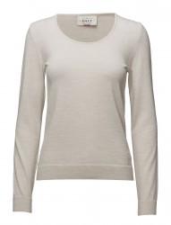 Astrid Feminine Sweater