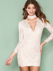 Ax Paris Lace Choker Bodycon Dress Kropsnære kjoler Cream