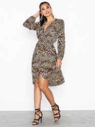 a2238020bd59 Ax Paris Long Sleeve Midi Dress Loose fit