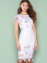 Ax Paris Short Sleeve Flower Lace Dress Kropsnære kjoler Blue