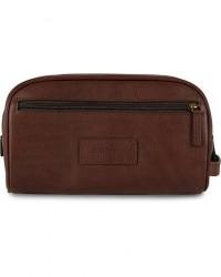 Barbour Lifestyle Leather Wash Bag Dark Brown men One size Brun