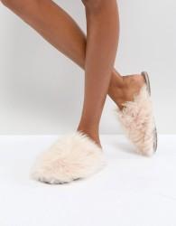 Bedroom Athletics Gwen Lux Fur Mule - Pink