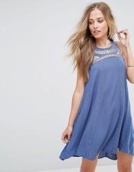 Bellfield Spirea Shift Dress with Crochet Neckline - Blue