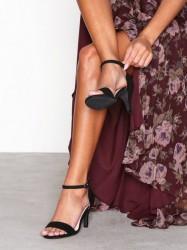 Bianco Low Basic Sandal Low Heel