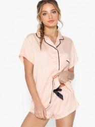 Bluebella Abigail Shirt and Short Set Pyjamasser & hyggetøj