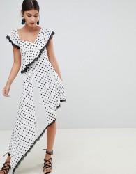 Boohoo Polka Dot Asymmetric Dress - White