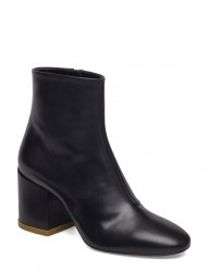 Boots Main