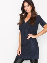 By Malene Birger Gliitasi Dress Kropsnære kjoler Blue Velvet