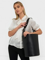 By Malene Birger Lee Bucket Skuldertasker