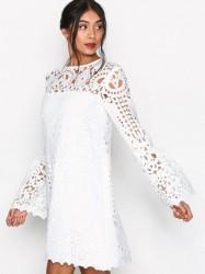 By Malina Callisto Dress Kropsnære kjoler White