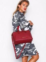 Calvin Klein Drive Duffle Håndtaske Rød