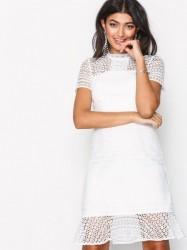 Chi Chi London Maja Dress Kropsnære kjoler White