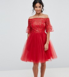 Chi Chi London Petite Tulle Midi Prom Dress With Lace Fluted Sleeves - Red