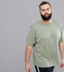 Columbia Plus Size Zero Rules Technical Logo T-Shirt in Green - Green