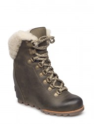 Conquest Wedge Shearling
