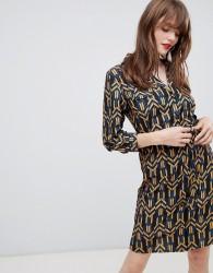 Darling Geo Print Belted Shirt Dress - Black