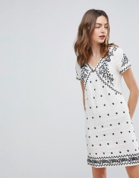 Deby Debo Billy Embroidered Shift Dress - White