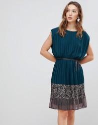Deby Debo Verdo Mixed Print Dress - Green