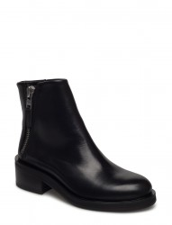 District Zip Boot