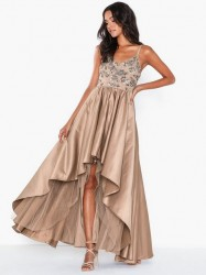 Dolly & Delicious Embellished Bodice Maxi Dress Pailletkjoler