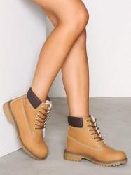 Duffy Warm Boot Flat Camel