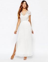 Elise Ryan Scallop Lace Plunge Maxi Dress With Double Thigh Split - Black