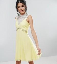 Elise Ryan Sweetheart Skater Dress With Embellished Waist - Yellow