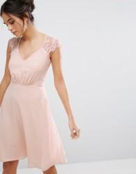 Elise Ryan V Neck Midi Dress With Eyelash Lace Sleeve - Pink