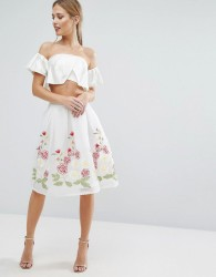 Endless Rose Midi Skirt with Embroidered Hem - White