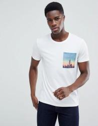Esprit T-Shirt With City Print Pocket - White