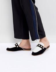 Essentiel Antwerp Pearl Embellished Slip On Loafers - Black