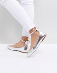 Faith Annette Metallic Ballet Flats - Silver