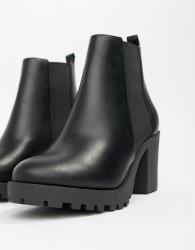 Faith Baker chunky heeled chelsea boots in black - Black