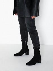 Filippa K Eileen Leather Boot Heel